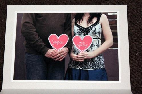 10 id es de photos pour annoncer sa grossesse. Black Bedroom Furniture Sets. Home Design Ideas