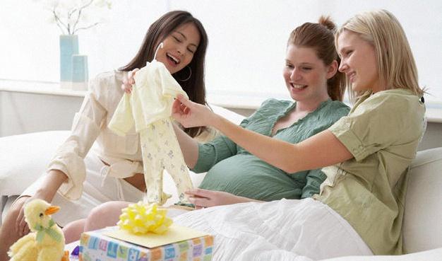 f0c5f602a343 Quel cadeau offrir pour une baby shower ou une naissance