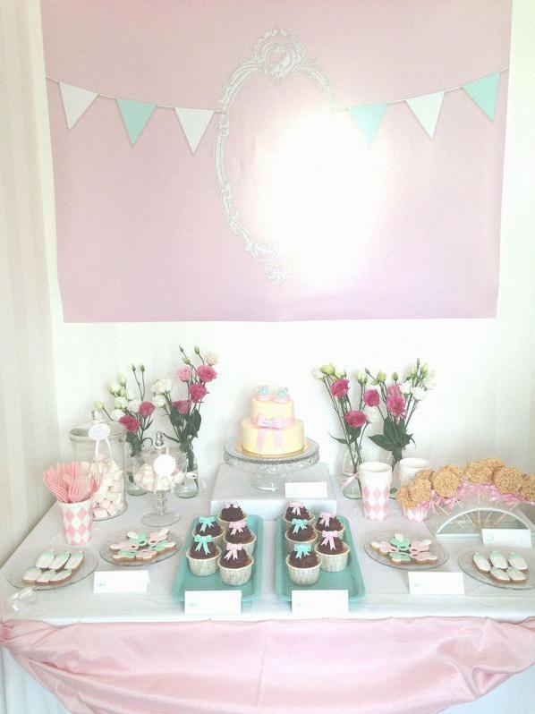 la jolie f te de naissance de daniya ambiance poudr e rose pastel et vert d 39 eau. Black Bedroom Furniture Sets. Home Design Ideas