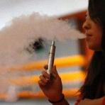 Cigarette électronique et grossesse : y a-t-il des risques ?
