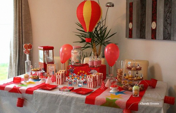 Deco anniversaire theme cirque am lie hachette - Decoration theme cirque ...