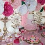 Un 1er anniversaire de princesse en rose, doré et fuchsia pour Lanaya
