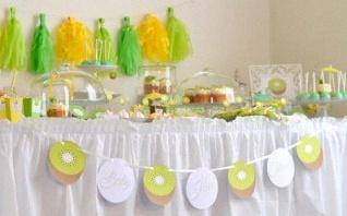 Une Baby shower en vert et jaune sur le thème du kiwi