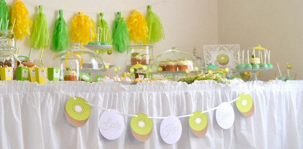décoration baby shower vert