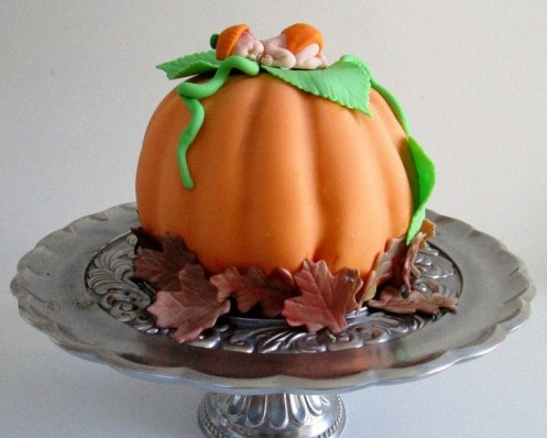 gateau de baby shower citrouille