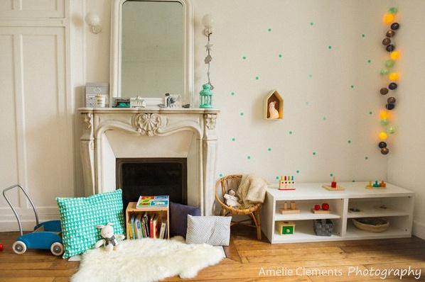 Comment am nager une jolie chambre montessori la chambre for Chambre enfant montessori