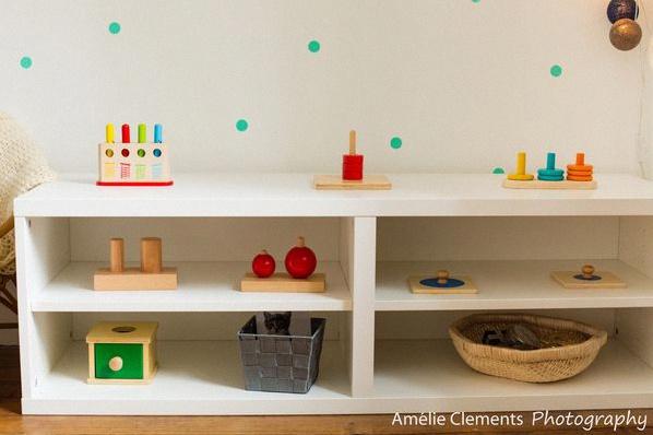 miroir chambre b b montessori. Black Bedroom Furniture Sets. Home Design Ideas