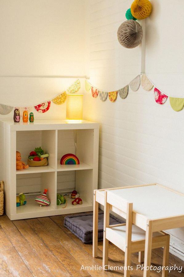 comment am nager une jolie chambre montessori la chambre de titouan. Black Bedroom Furniture Sets. Home Design Ideas