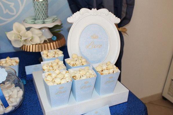 décoration petit prince bleu royal doré