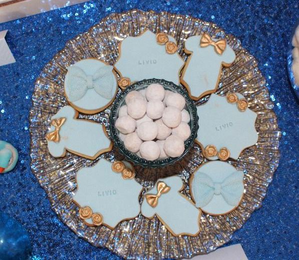 sablés décorés petit prince bleu royal doré