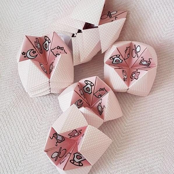 faire-part de naissance en forme de cocotte en papier
