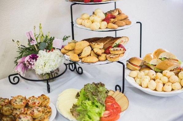 Idee Aperitif Pour 50 Personnes.50 Idees De Repas Et De Buffet Pour Une Baby Shower Menu