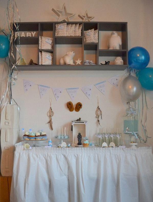 décoration de baby shower sweet table