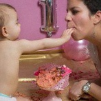 La séance photo Smash the Cake et la fête de Tessa pour son 1er anniversaire