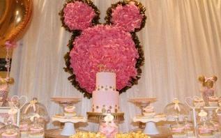 Le 3e anniversaire de Deva sur le thème Minnie en rose et or