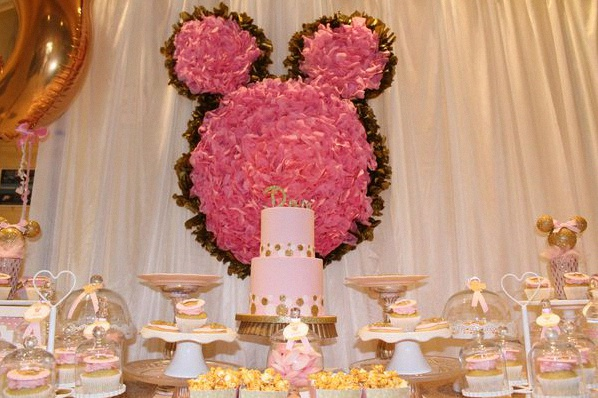 anniversaire minnie sweet table minnie décoration minnie
