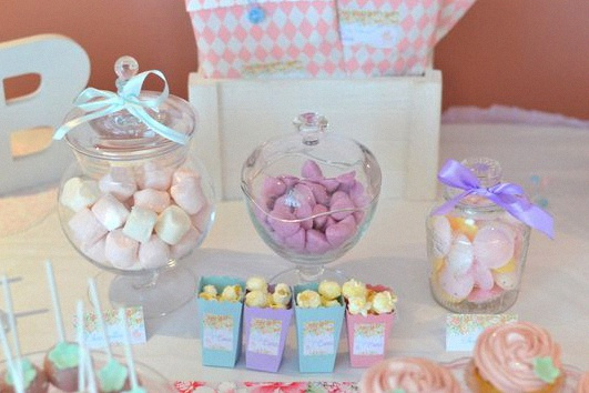 Baby shower pastel fleurs