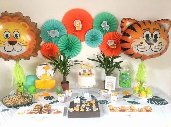 Un premier anniversaire sur le th me animaux de la jungle - Decoration animaux de la jungle ...