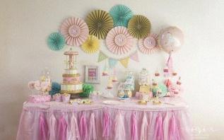 Une Baby shower sur le thème Carrousel aux couleurs pastels