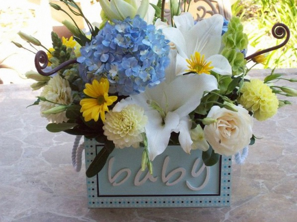 fleurs baby shower bapteme