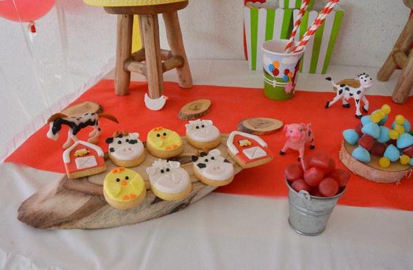 sweet table anniversaire animaux de la ferme trois ans