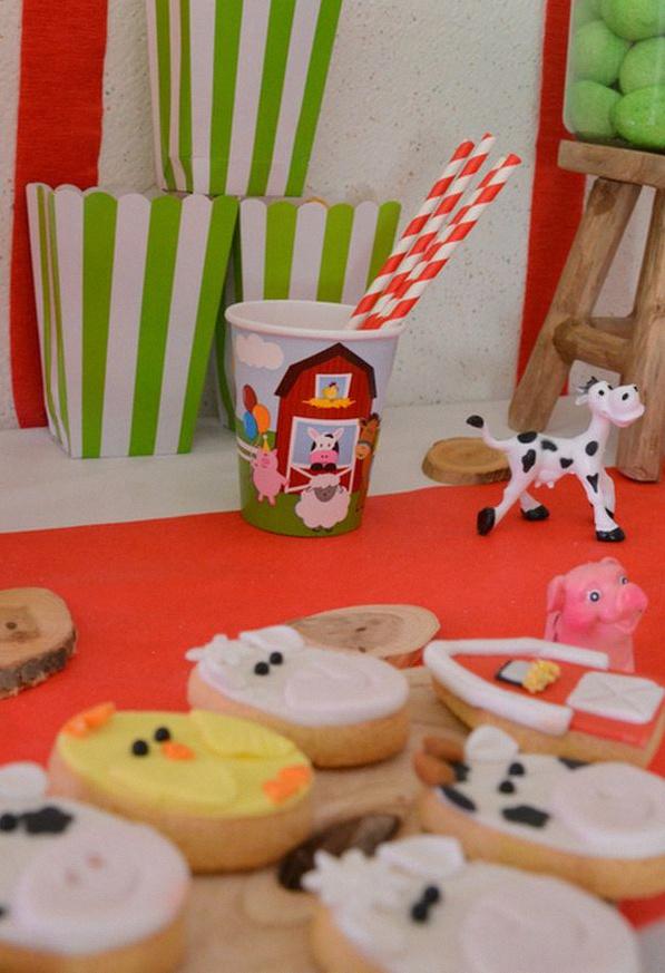 sweet table anniversaire animaux de la ferme buffet