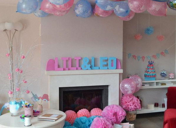 comment organiser un 1er anniversaire ou une baby shower de jumeaux. Black Bedroom Furniture Sets. Home Design Ideas