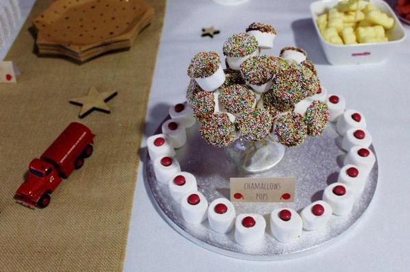 anniversaire pompiers décoration pompiers sweet table pompiers