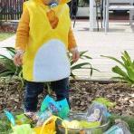 La fête de Pâques de Martin : une décoration de table et une chasse aux oeufs