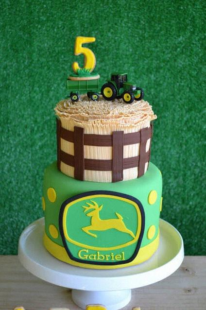 anniversaire tracteur gateau