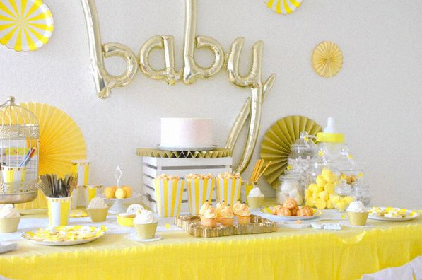 baby shower jaune et dore