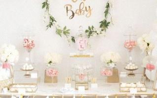 Une baby shower surprise en blanc et doré