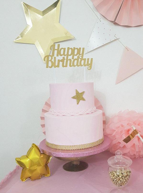 gateau d'anniversaire étoiles