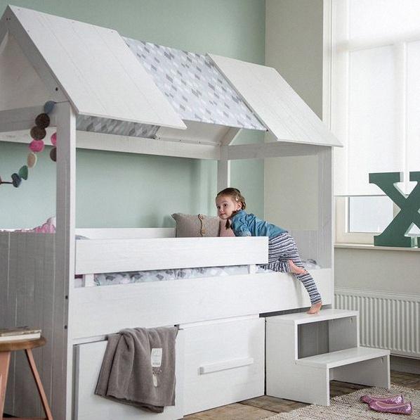 Décoration de chambre d\'enfant : la tendance lit cabane