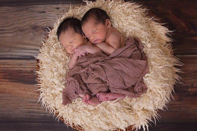 cadeaux de naissance pour jumeaux